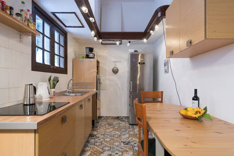 DNG-Coliving-Summer-Miller-kitchen-2